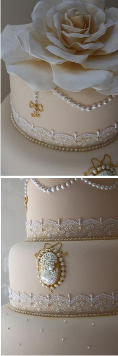 Tarta de #boda vintage con encaje y perlas / Cameo, lace and pearl vintage #wedding cake