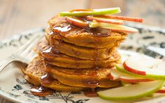 Just like your favorite fall treats, these spiced pumpkin pancakes are full of seasonal flavor. Packed with whole grains, this comforting breakfast will keep you going all morning long. Serve with a light drizzle of maple syrup and sliced apples.