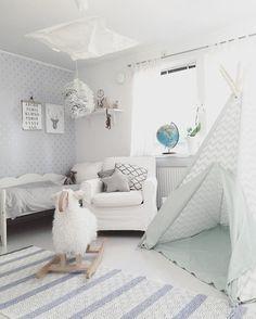 minimal-white-interior-design