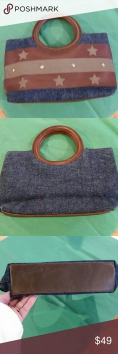 "Q&A Handbag Excellent condition  Q&A Brand 8 1/2"" long, 2"" wide 8"" high including the handle  Closes magnetically Q&A Bags"