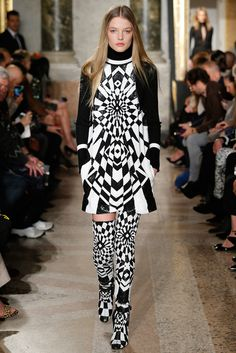 Trends from Fall/Winter 2015-2016 Fashion Week: Graphic black and white | Vogue Paris