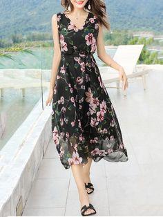Fashionmia - Fashionmia V-Neck Floral Hollow Out Chiffon Maxi Dress - AdoreWe.com