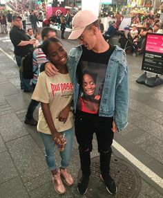 When your bae is so into you he walks around with a t-shirt that has your face on it like a no. 1 fan... when you're standing right next to him.