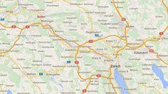 Le maire de la ville de Baden(Suisse) est suspendu pour des selfies nus pris à son bureau.