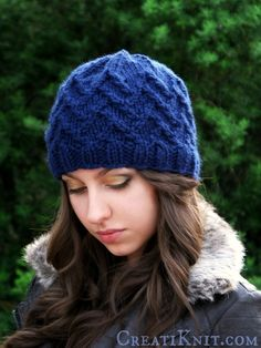 Interwoven and delicate diagonals embellish this Avalon design. An easy beanie knitting pattern that will give you intricate & gorgeous results!