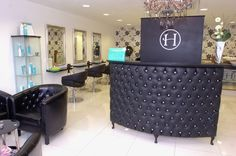 Large Curved Reception Desk-Retail Cash desk with padded front – Shabby Chic Large Curved Reception Desk-Retail Cash desk with padded front – Shabby Chic – Mobilier de Salon Shabby Chic Salon, Shabby Chic Office, Shabby Chic Interiors, Shabby Chic Living Room, Shabby Chic Homes, Shabby Chic Furniture, Shabby Chic Decor, Salon Reception Desk, Shabby Chic Reception Desk