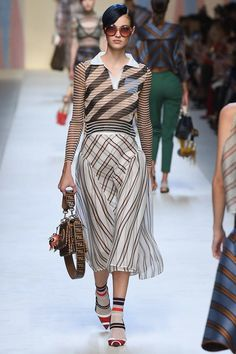 Fendi Spring 2018 Ready-to-Wear  Fashion Show Collection