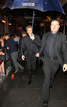 Bodyguard and Barry Manilow