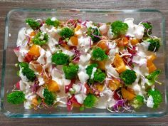 Sałatka z brokułami Mozzarella, Pasta Salad, Potato Salad, Sushi, Food And Drink, Potatoes, Lunch, Meat, Chicken