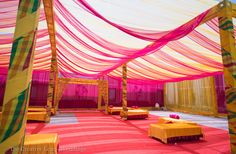 Looking for latest Outdoor Wedding Decorations? Check out the trending images of the best Indian Outdoor Wedding Decoration ideas. Wedding Mandap, Desi Wedding, Wedding Stage, Wedding Receptions, Wedding Bride, Mehendi Decor Ideas, Mehndi Decor, Tent Decorations, Indian Wedding Decorations