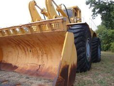 Michigan  675 | MONSTER LOADER Clark Michigan 675 -- GOTTA LQQK - Listing # 447 - Used ... Bucyrus Erie, Mining Equipment, Rigs, Michigan, Cosplay, Wedges