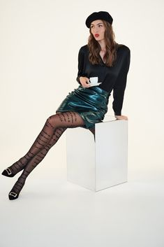 Patterned Tights, Fashion Tights, Fashion Books, Night Outfits, Fall Winter Outfits, Skirt Outfits, Kenzo, Street Style, Couture