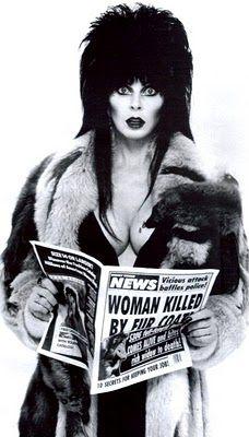 Elvira, played by Cassandra Peterson of Manhattan, Kansas Cassandra Peterson, Elvira Movies, 7 Arts, E Mc2, Valley Girls, Cinema, Dark Beauty, Goth Beauty, Macabre