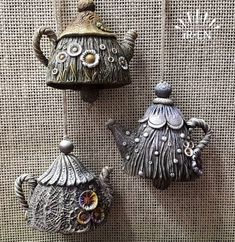 (79) Одноклассники Ceramic Shop, Ceramic Art, Clay Jar, Clay Art Projects, Biscuit, Decorative Bells, Paper Dolls, Vintage Designs, Polymer Clay