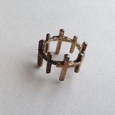 EDDIE BORGO $225 Trinity Gold Ring / PRE-OWNED Ring Size 7 - http://designerjewelrygalleria.com/eddie-borgo/eddie-borgo-225-trinity-gold-ring-pre-owned-ring-size-7/