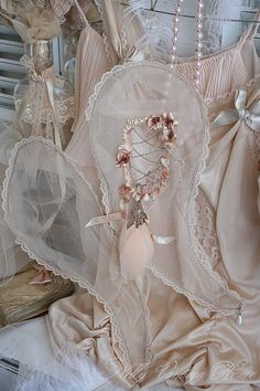 lace wings