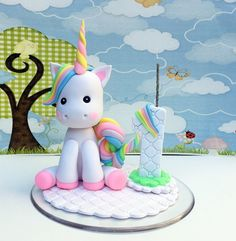 Baby Birthday Cakes, Unicorn Birthday Parties, Unicorn Party, Fondant Cake Toppers, Fondant Figures, Birthday Cake Decorating, Birthday Party Decorations, Cake Topper Tutorial, Fondant Animals