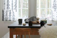 I like the curtains Furniture, Interior, Home, Dining, Office Desk, Inspiration, Interior Design, Desk
