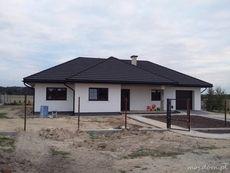 Realizacja HG-H3A CE House Plan With Loft, Family House Plans, Dream House Plans, Single Storey House Plans, One Storey House, Modern Bungalow Exterior, Modern Bungalow House, House Floor Design, Modern House Design