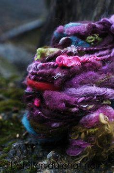 CARNAVAL laine filée main par LAtelierduChatNoir sur Etsy, $29,75