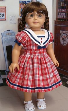 Inspiration--From the KeeperDollyDuds Sailor Blouse and skirt. American Girl Doll Molly, American Girl Dress, American Doll Clothes, American Dolls, Sewing Doll Clothes, Girl Doll Clothes, Girl Dolls, Dresses Kids Girl, Girl Outfits