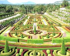 Nong Nooch, la joya geométrica vegetal. | Matemolivares