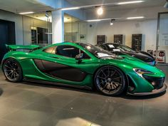 Visit The MACHINE Shop Café... (Best of McLaren @ MACHINE) Green McLaren P1 Supercar