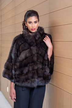 Explore the latest SARIGIANNI collection of real fur coats and bags. Modern & elegant mink coats, shearling jackets, fur-trimmed cashmere coats and more. Sable Fur Coat, Fur Coat Fashion, Cashmere Coat, Shearling Jacket, Cloak, Furs, Women Wear, Collections, Poses