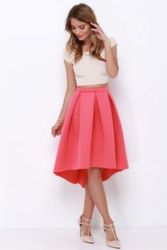 The High Seas, Low Tide Coral High-Low Padded Midi Skirt is at the top of our list of must-haves! Thick and stretchy neoprene fabric shapes a high, elastic waistband above box pleats that lend some epic volume to this pretty midi skirt with a trendy high-low hem. Unlined. 95% Polyester, 5% Spandex. Hand Wash Cold. Made With Love in the U.S.A.
