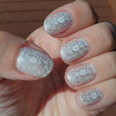 Wedding mani ~ nail stamping
