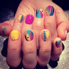 カラフル角、丸を使った不思議なプロデュースネイル #nail #nails #nailart #art #design #avarice #aya #producenail (NailSalon AVARICE)