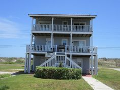 BEAUTIFUL DEEP WATER CANAL FRONT HOME WITH FANTASTIC UNOBSTRUCTED OCEAN VIEWS. FISH AND SWIM IN THE BACK YARD OFF THE DOCK, HAS 24,000 POUND BOAT LIFT, BOAT RAMP FOR YOUR BOAT, FREE USE OF 2 KAYAKs FOR EXPLORING ALL ...