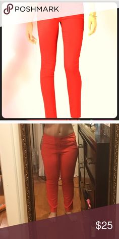 LIMITED EXACT STRETCH Ankle length skinny pants in hot orange. Excellent condition. The Limited Pants Skinny
