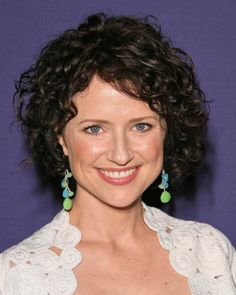 Jean Louisa Kelly Jean Louisa Kelly, Funny People, Comedians, Actresses, Hair, Google Search, Women, Female Actresses, Women's