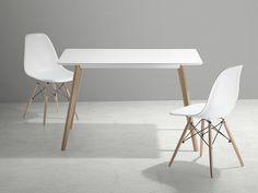 https://www.beliani.ch/esszimmer-moebel/tisch/esstisch-kuchentisch-esszimmertisch-weiss-fly.html White dining table for a stylish dining room