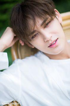 unwhitewashed Seventeen's Mingyu Naver x Dispatch photo (you make my day comeback) Woozi, The8, Mingyu Wonwoo, Hip Hop, Vernon, Rapper, Make My Day, Kim Min Gyu, Boo Seungkwan