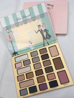 TOO FACED CHRISTMAS IN NEW YORK MAKEUP PALETTE