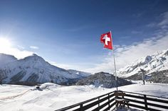 Ski-Urlaub in Schweiz, Graubünden Urlaub mit Hund im Hotel Schweizerhof in der Schweiz - Graubünden #urlaubmithund #hunde #dogs #swizerland #schweiz #graubuenden #hotels #hotelmithund #hundefreundlich