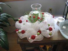 Deco mesh centerpiece