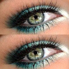 Shiny turquoise ice make-up Simple Eye Makeup, Full Face Makeup, Skin Makeup, Beauty Makeup, Gorgeous Makeup, Pretty Makeup, Makeup Looks, Awesome Makeup, Makeup Inspo
