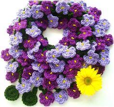 Violetas, cachecol de crochê by Lidia Luz, via Flickr