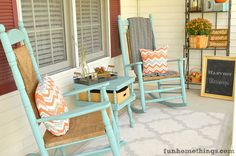 Welcome to my front porch! Of all the porches I have decorated and shared with you, this has to be my favorite so far. The colors, the foliage…I seriously love every element that went in making this porch happen. I tend to stick with traditional colors and textures in my fall porch decor, but this …