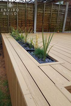 Modern Landscaping, Backyard Landscaping, Garden Decking Ideas, Garden Edging, Garden Beds, Deck Planters, Diy Planters Outdoor, Back Garden Design, Modern Garden Design