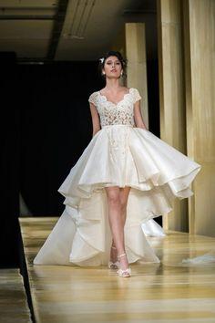 Desfile Carol Hungria   Salão Casamoda Noivas 2016 - Portal iCasei Casamentos