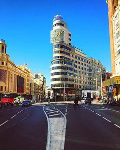 Classic pic in Gran Vía #Madrid #madridgrafias