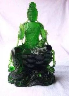Jadeite Jade carving this is so gorgeous!