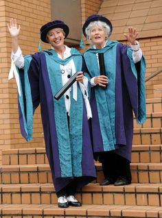 Emma Thompson And Her Mother Recieve Doctorate Degrees Together