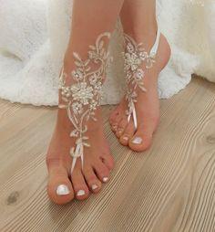 ivory gold frame pearl beaded Beach wedding por BarefootShop