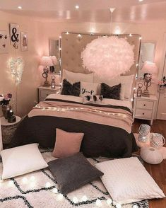 bedroom decorating ideas for teen girls decoration - dream bedroom decor tips to produce a super comfortable teen girl bedrooms. Bedroom Decor Suggestion tip posted on 20190219 Cozy Teen Bedroom, Teen Room Decor, Dream Bedroom, Bedroom Decor Ideas For Teen Girls, Teen Room Colors, Cute Teen Bedrooms, Bedroom Colors, Diy Bedroom, Bedroom Girls