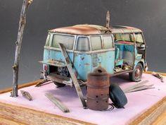 Weather Models, Day Van, Plastic Model Cars, Custom Hot Wheels, Iphone Repair, Model Cars Kits, Scrap Metal Art, Vw T1, Miniature Houses